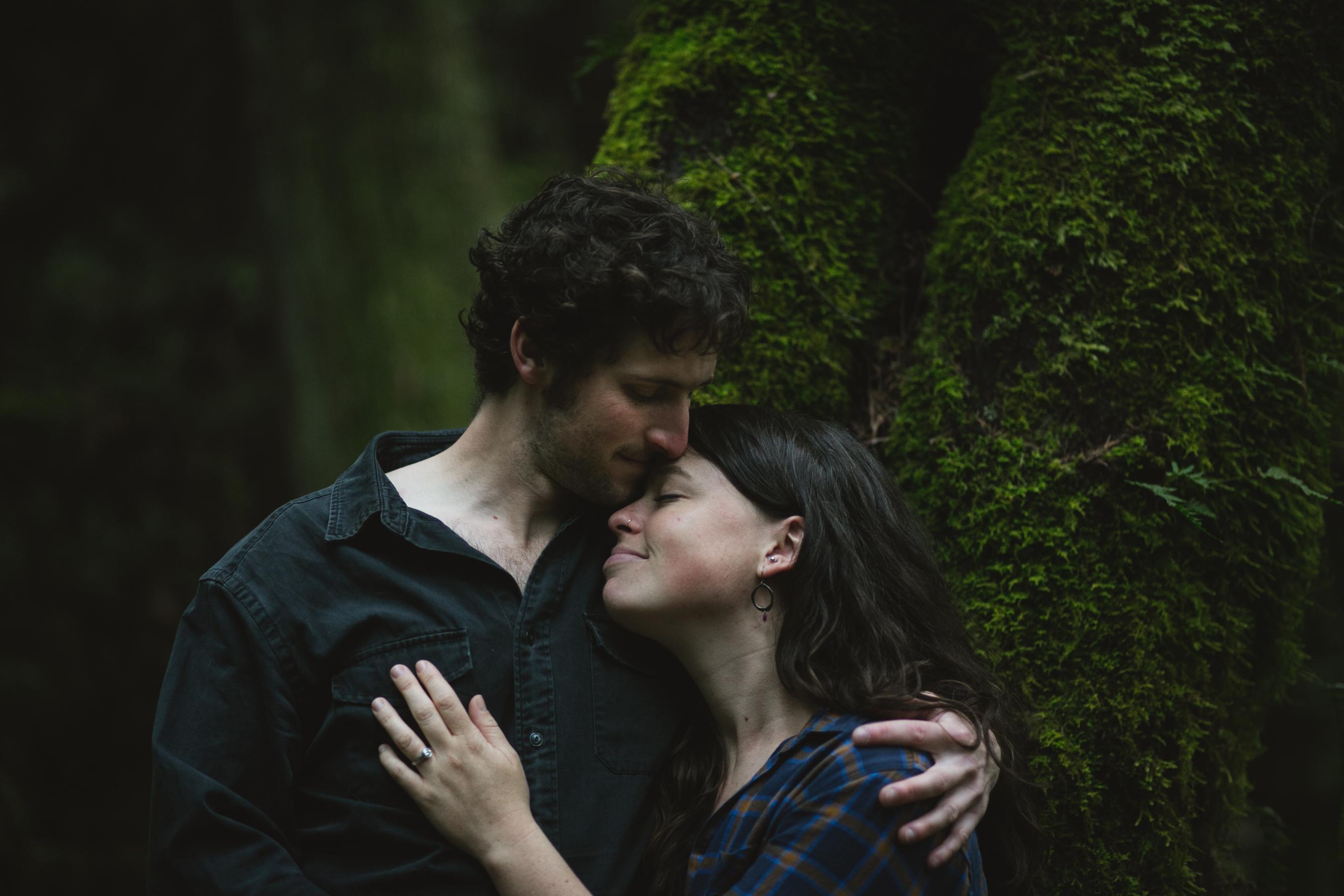 Allison+Dylan_TariGunstonePhotography-10