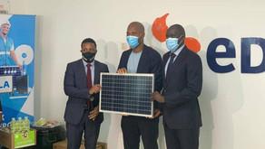 Covid-19 : La Fondation Drogba s'engage pour des kits solaires au profit de l'école télévisée