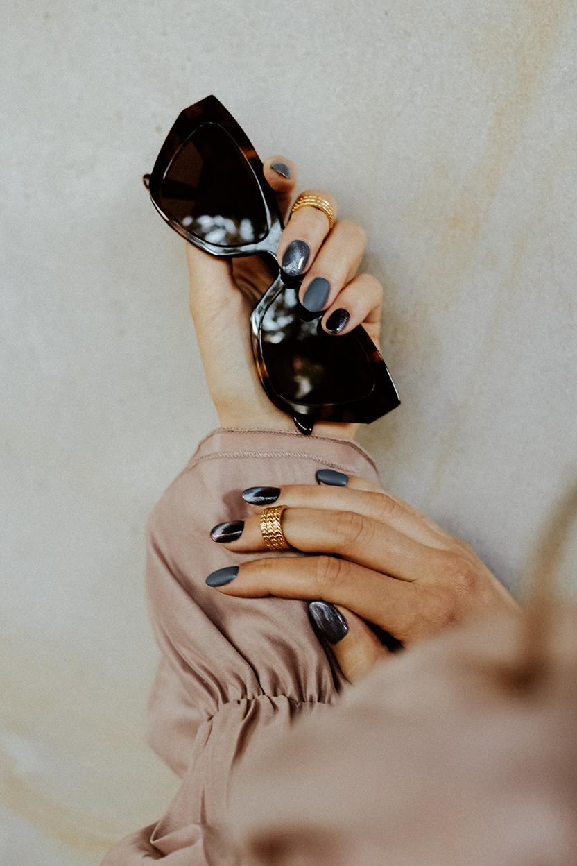 Piękne zdobienia przy manicure hybrydowym