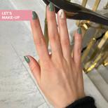 manicure z gałązką