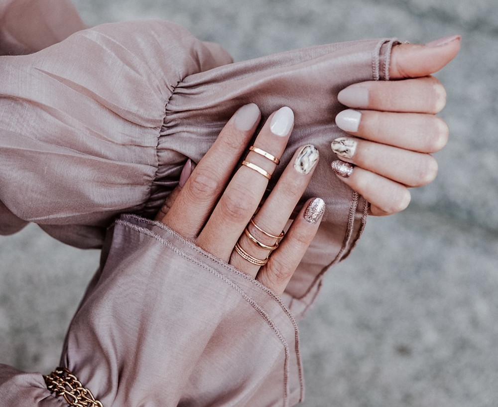 Modne zdobienia, marmurek, manicure hybrydowy Warszawa