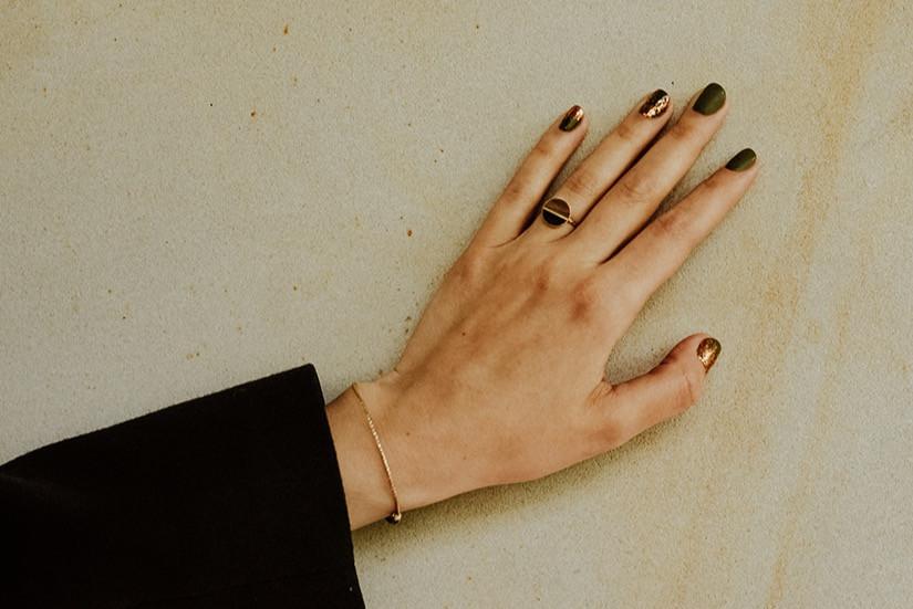 Zdobienia podczas manicure hybrydowego w LET'S MAKE-UP