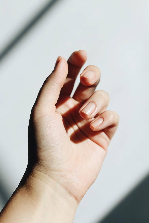 manicure japoński, naturalny zabieg regenerujący paznokcie