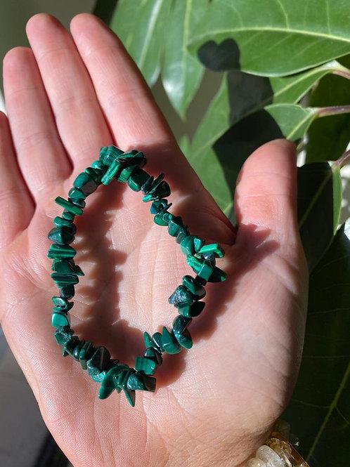 Green malachite crystal bracelet close-up view