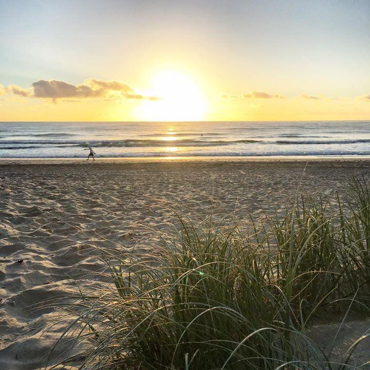 Me and Fiji | Main Beach Surfers Paradise Gold Coast | Morning walk at Gold Coast | expat in Fiji | Fiji travel blog