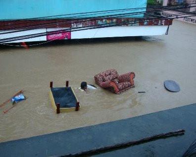 floods in nadi in 2012 - meandfiji