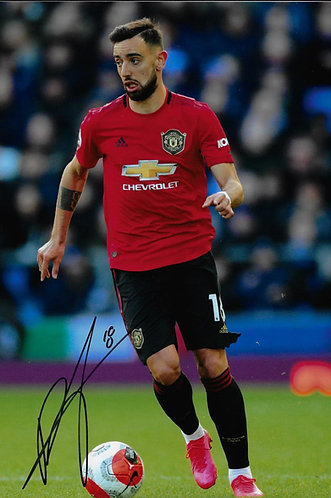 BRUNO FERNANDES SIGNED MANCHESTER UNITED 12X8 PHOTOGRAPH
