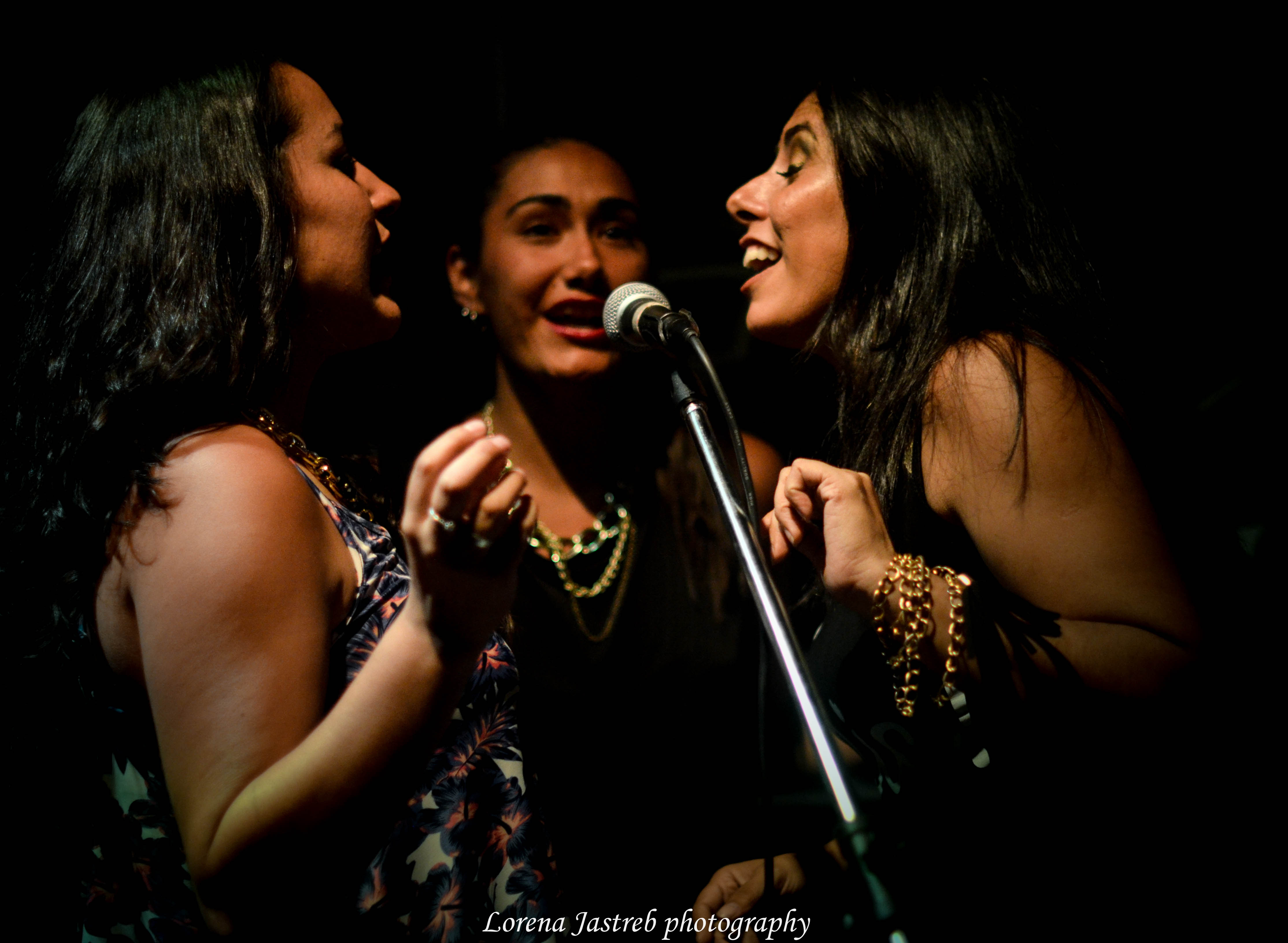 Melina, Malen y Juli Coro Gospel