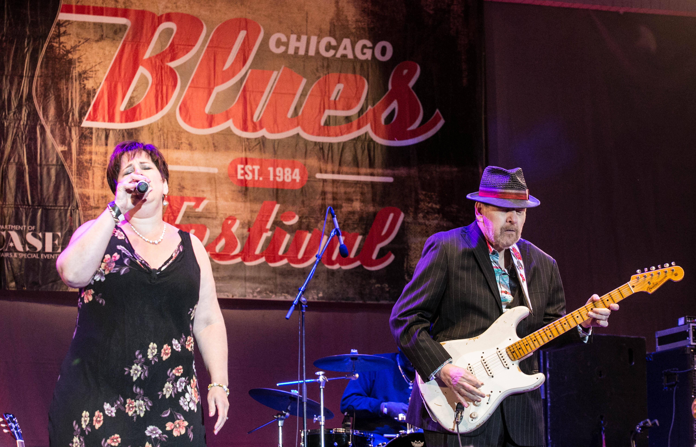 Ronnie earl & Diane Blue