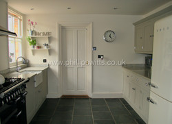 Solid Tulip Shaker Style Kitchen 3_water