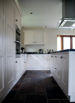 Solid Ash Shaker Style Kitchen 8_waterma