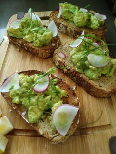 Crushed avocado toast