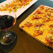 Amazing glas of wine and canapes