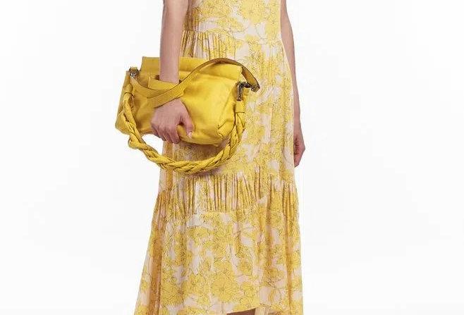 Vestido de Viscose Longo Floral Recortes Animale