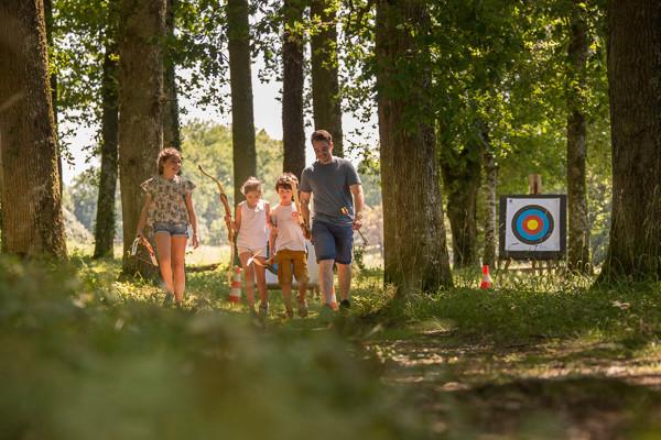 Initiatiez vous et perfectionnez vous au tir à l'arc au Lac de Bournazel à Seilhac grace à Esprit Nature La Station Sports Nature du Pays de Tulle