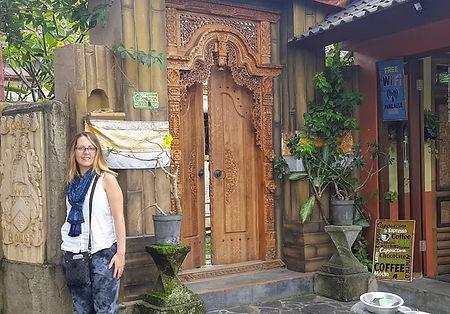 Victoria Libertore Bali