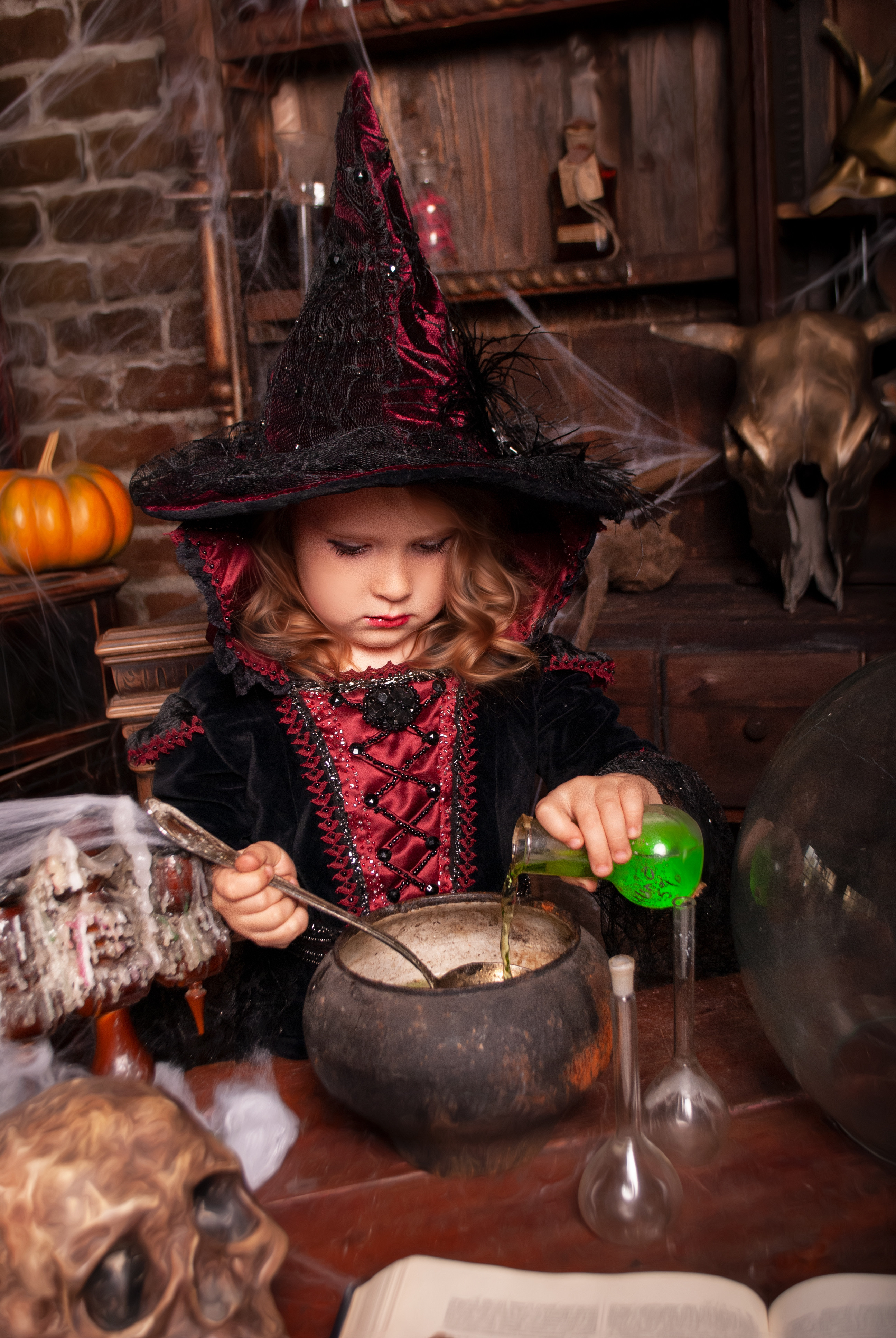 Potions & cauldrons - Beverley (age 5+)