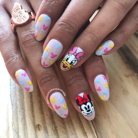 Disney's Daisy & Minnie