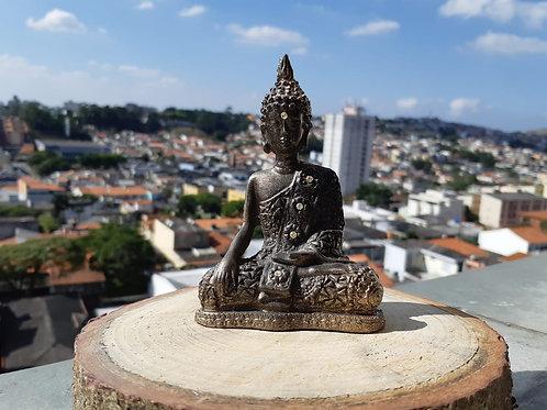 Buda com roupa de mandala