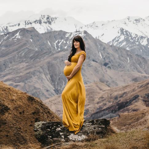 Pregnancy Photographer Queenstown
