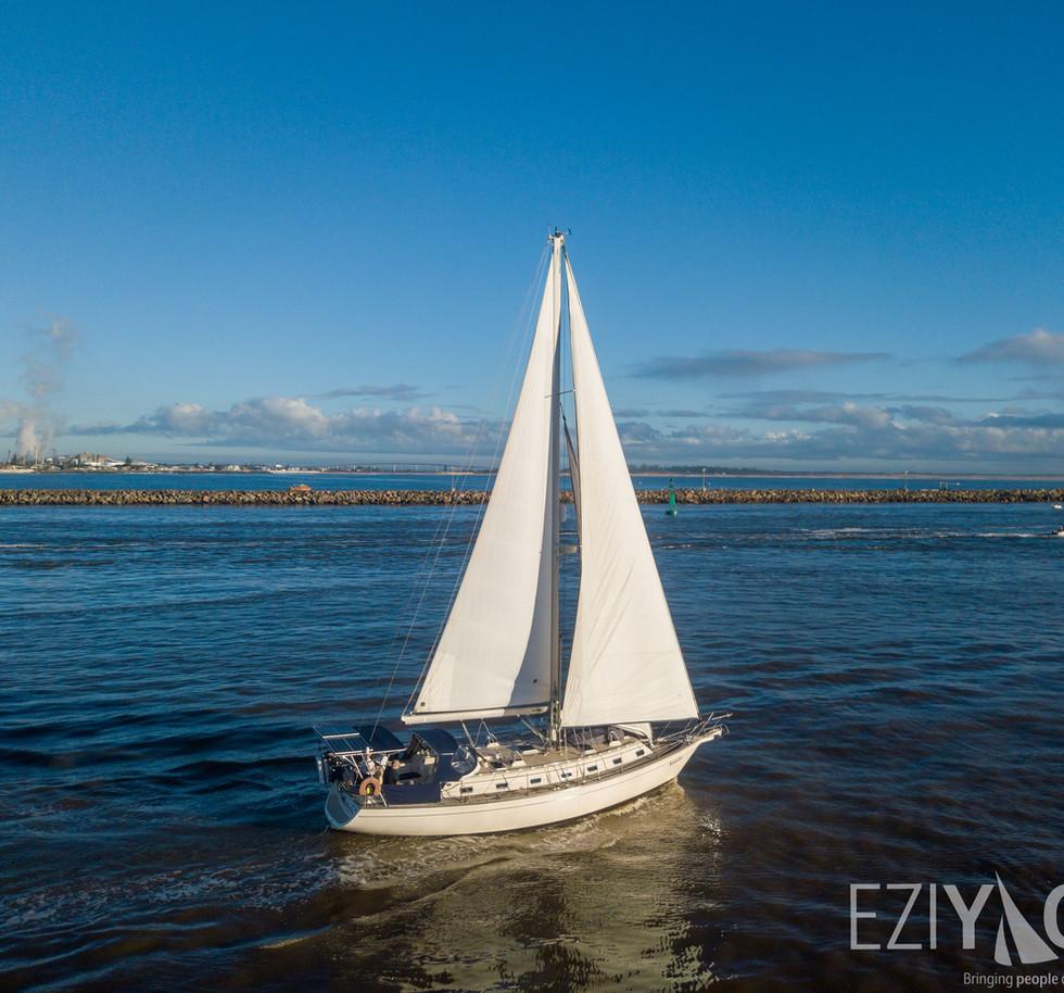 Ezi Yacht newcaste harbour  (5 of 8).jpg