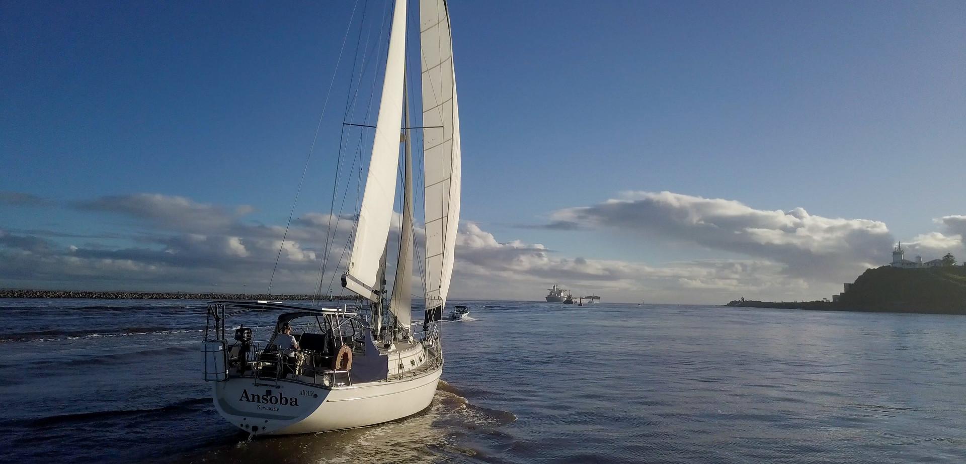 Ezi Yacht newcaste harbour vid stills (6