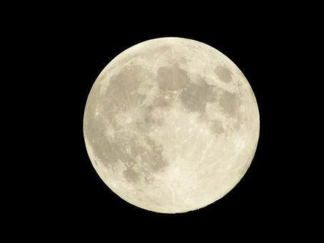 2月19日宵から20日夜中に、今年最大の満月・スーパームーンが現れます!体調に注意!