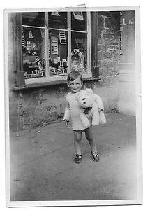Derek Newman outside No. 1 High Street, Rothwell