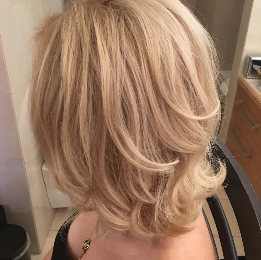 Bouncy blow dry for one of the bridal party