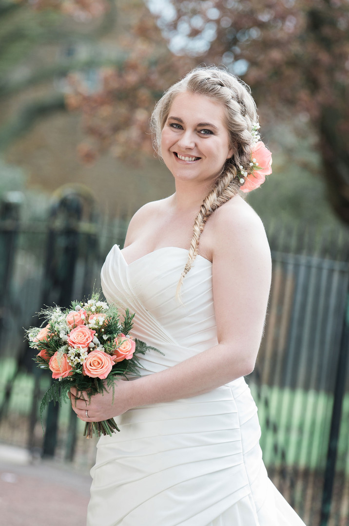 Rustic Wedding Shoot. Photos taken by Lindsey Arber Photography