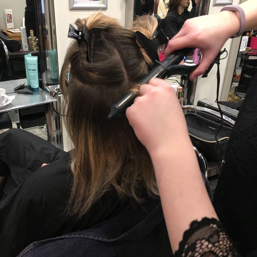Curling using the GHD Soft Curl Tong