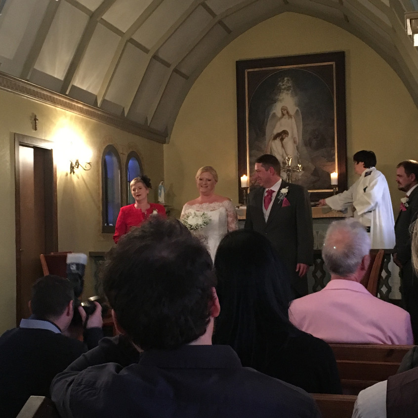Hayley and Simon are finally married!