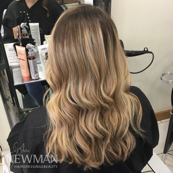 Blonde root stretch