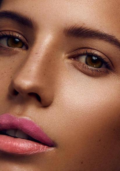 Lauren - Glowing Skin