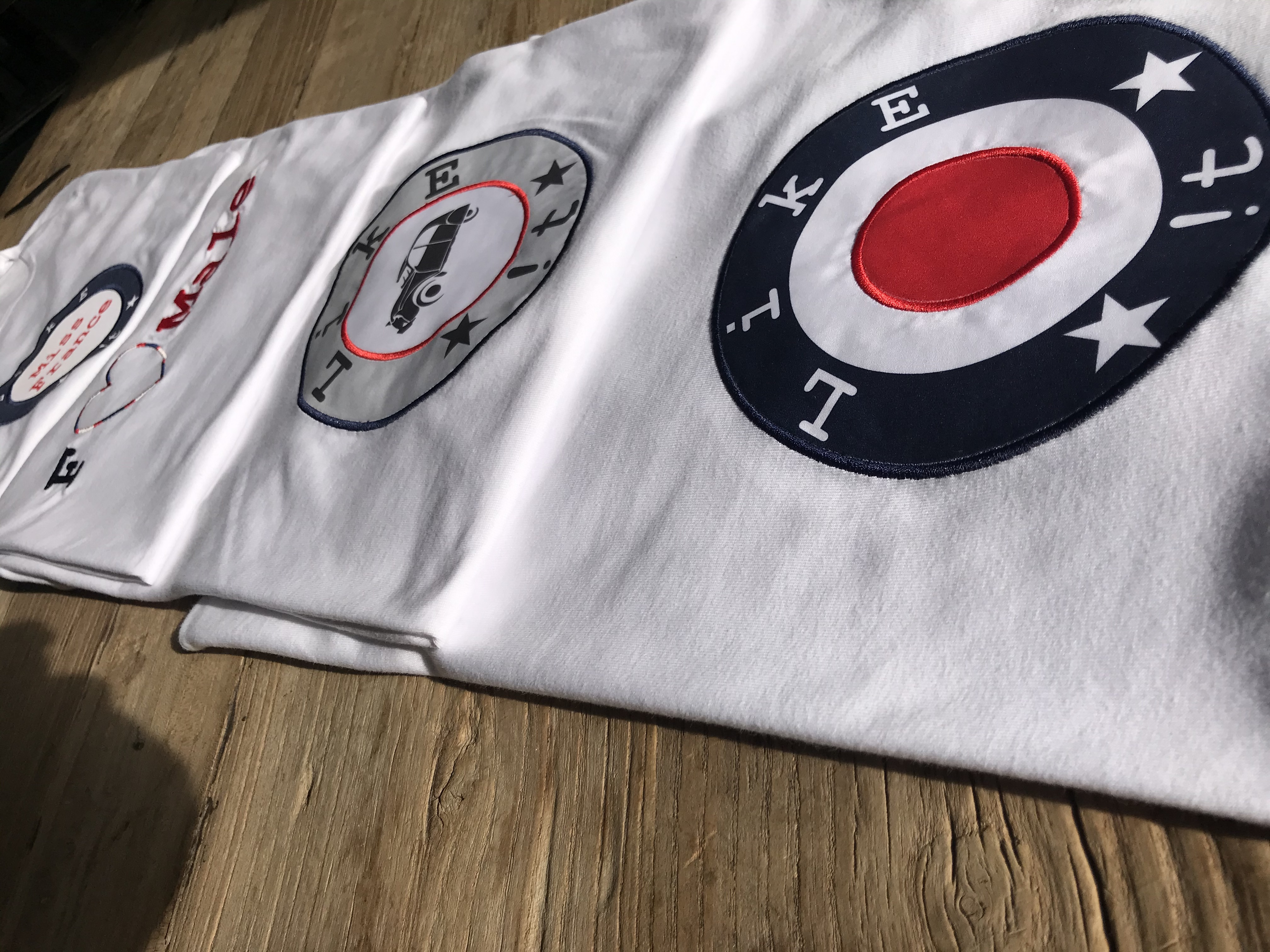 Tee-Shirts by The #FR Factory