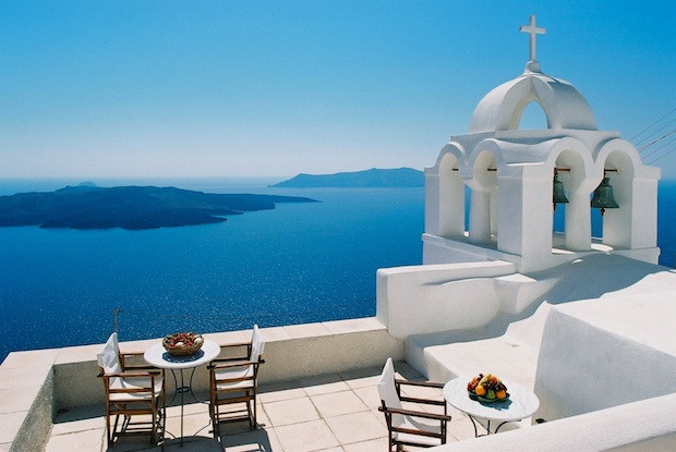 licensing procedures in Greek tourism