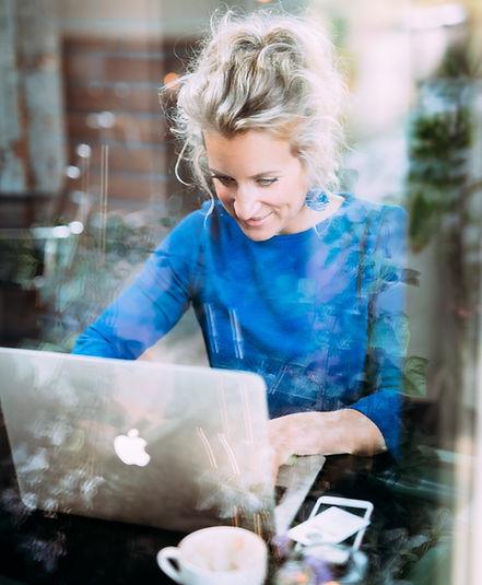 Assurantie Blogster aan het werk