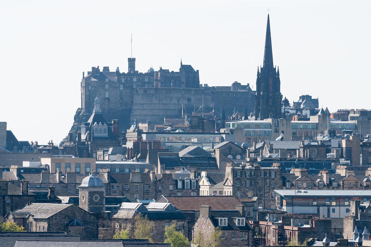 Edinburgh_n_castle.jpg