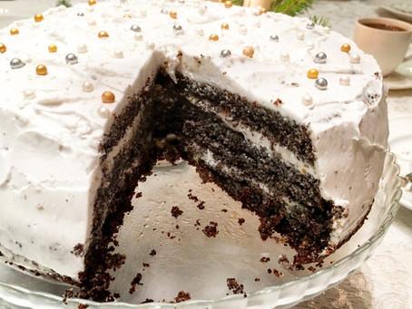 BEZGLUTENOWY MAKOWY TORT Z KREMEM KOKOSOWYM I POMARAŃCZOWĄ NUTKĄ