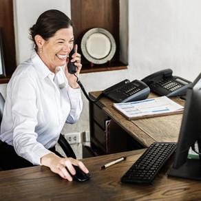 Quais são os principais benefícios de um PMS na hotelaria