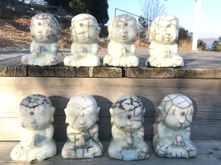 Buddhaes on a row (2).jpg
