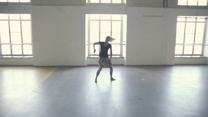 WHEN I DONT FIND WORDS - I DANCE