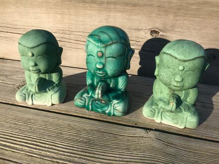 Buddhaes on a row (1).jpg