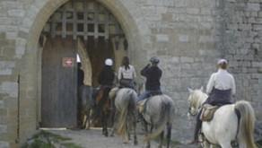 France - Le Roussillon français Chevauchée en pays cathare