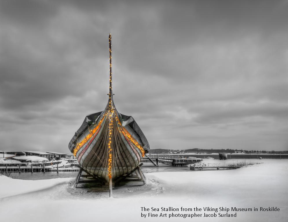 Christmas vikingship morning-XL copy.jpg