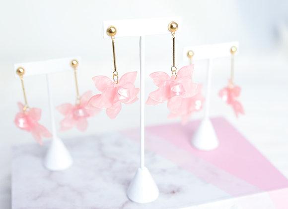 Brooke Floral Drop Earrings (Blush)