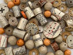 Paper beads assortment