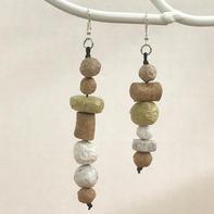 Assymetrical paper beads earrings