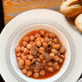 Chickpeas with Meat Recipe