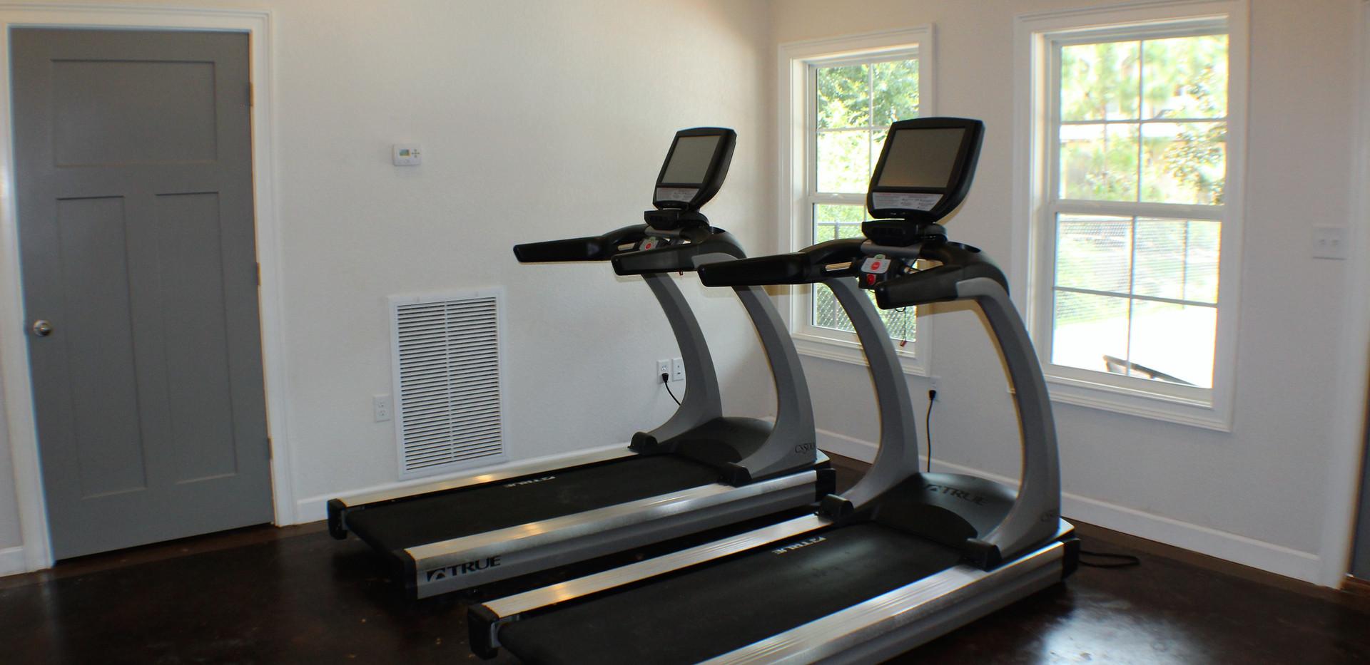 The_Woodlands_Fitness_Center__2_.jpg